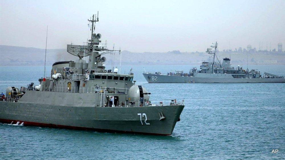 150408-iran-warship-yemen-339p_9b49bb724a230ae1eef6c926946b3d63.nbcnews-ux-2880-1000.jpg